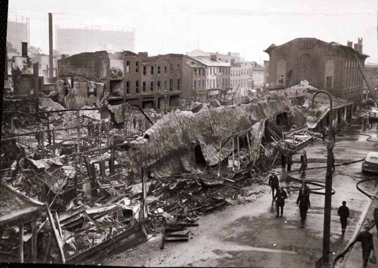 1951: Cross Street Market Fire. (Albert D. Cochran/Baltimore Sun)