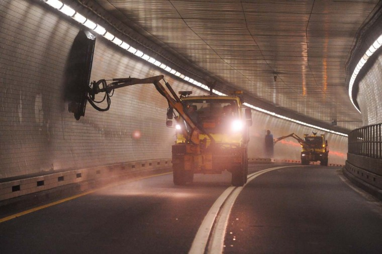 Cleaning the tunnel is a ten pass process using a 6 foot brush similar to what is used in a car wash. (Gene Sweeney Jr./Baltimore Sun)