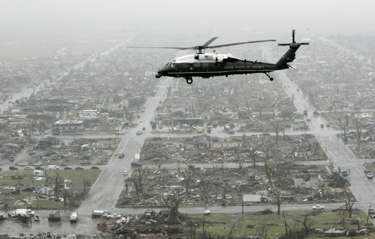 The Marine One helicopter, carrying President Bush, flies over tornado damage in Greensburg, Kansas, Wednesday, May 9, 2007. (Charles Dharapak/AP Photo)