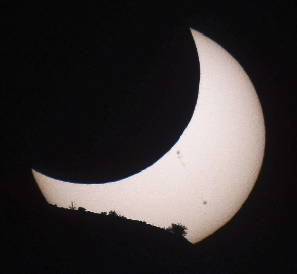 An annular eclipse is seen at Monument Valley Tribal Park in Utah. (Gene Blevins.Reuters)