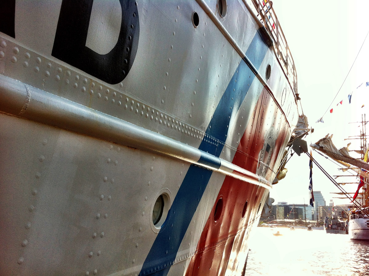 More details along the side of the USCGC EAGLE near Pier IV in the Inner Harbor. (Nick Tann/Baltimore Sun)
