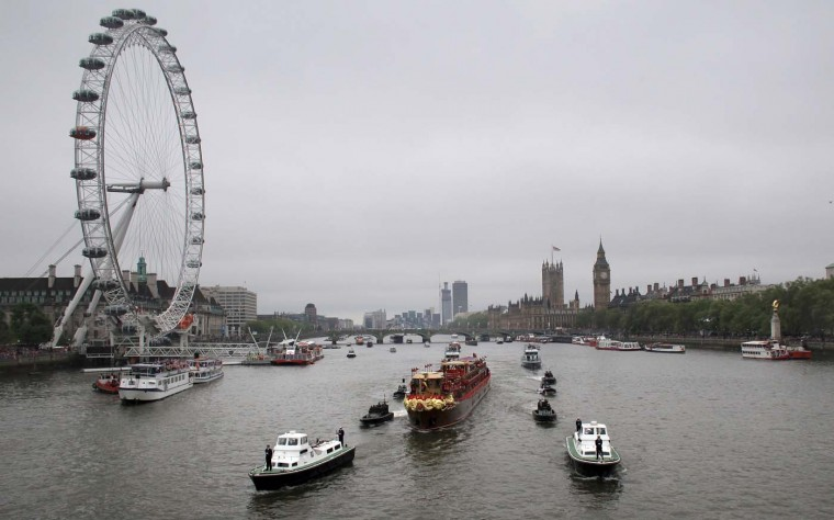 The Royal barge 'Spirit of Chartwell' passes the London Eye during the Diamond Jubilee Thames River Pageant on June 3, 2012 in London, England. (Matt Cardy/Getty Images)
