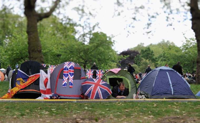 Tents are set up in St James's Park prior to the Diamond Jubilee Buckingham Palace Concert on June 4, 2012 in London, England. (Gareth Cattermole/Getty Images)