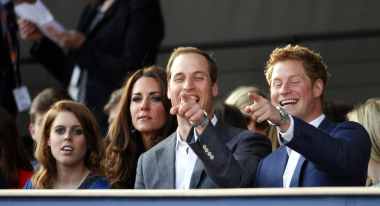 (L-R) Princess Beatrice, Catherine, Duchess of Cambridge, Prince William, Duke of Cambridge and Prince Harry are seen during the Diamond Jubilee, Buckingham Palace Concert May 04, 2012 in London, England. (Dave Thompson - WPA Pool/Getty Images)