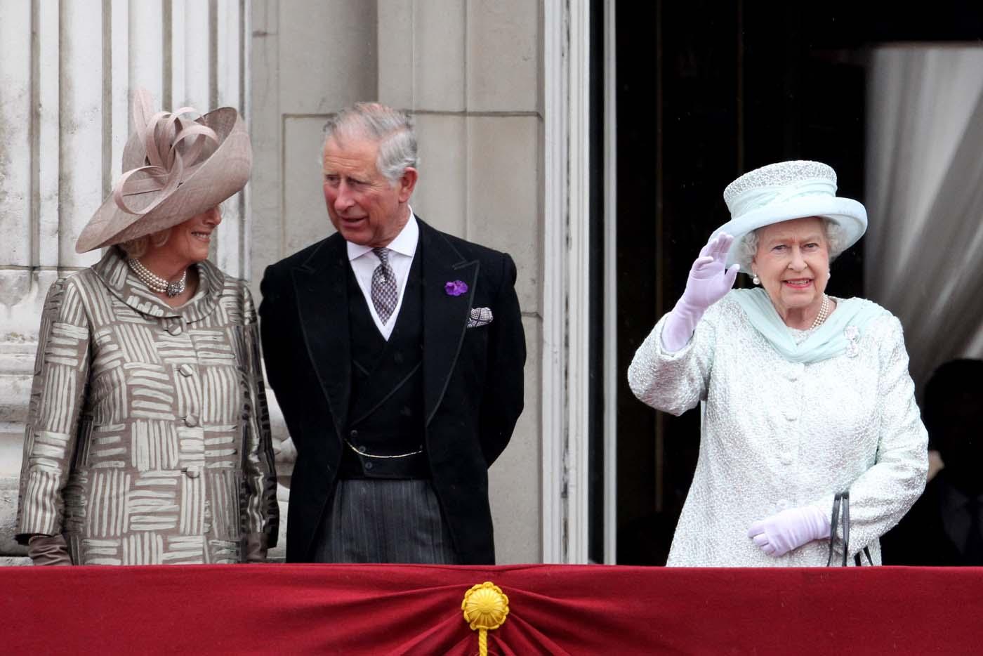Balcony for Queen on balcony