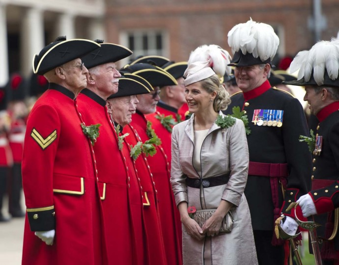 Sophie, Countess of Wessex, center, inspects Chelsea Pensioners, British veteren soldiers, during the annual Founder's Day Parade at the Royal Chelsea Hospital in London. (Miguel Medina/Getty Images)