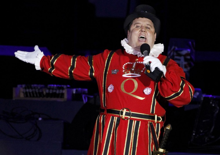 British comedian Peter Kay performs during the Diamond Jubilee concert in front of Buckingham Palace in London June 4, 2012. (David Moir/Reuters)