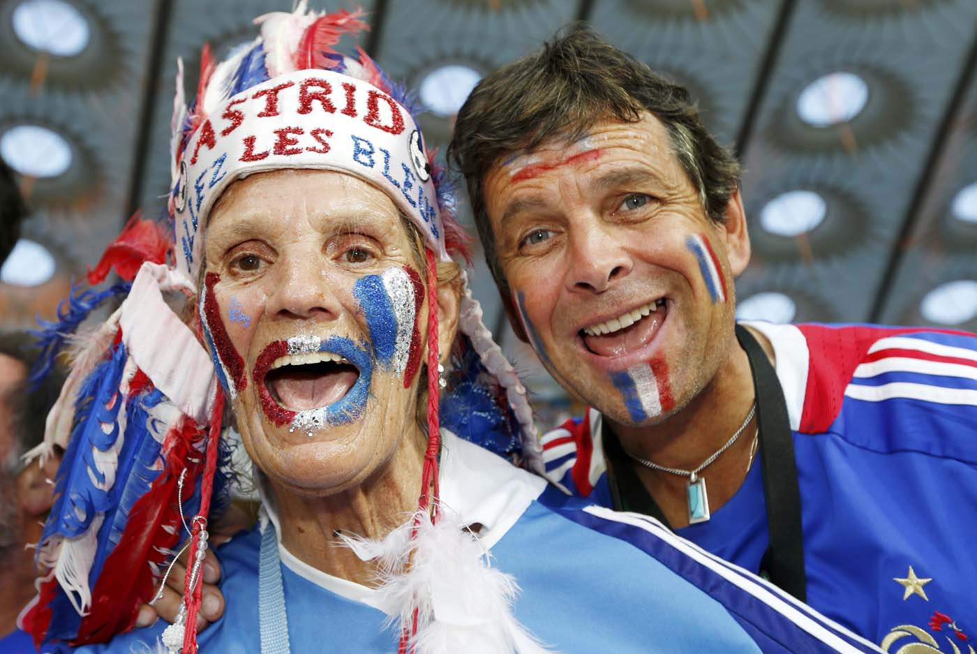 France's soccer fans cheer before the Group D Euro 2012 soccer match between Sweden and France at Olympic stadium in Kiev, June 19, 2012. (Eddie Keogh/Reuters)