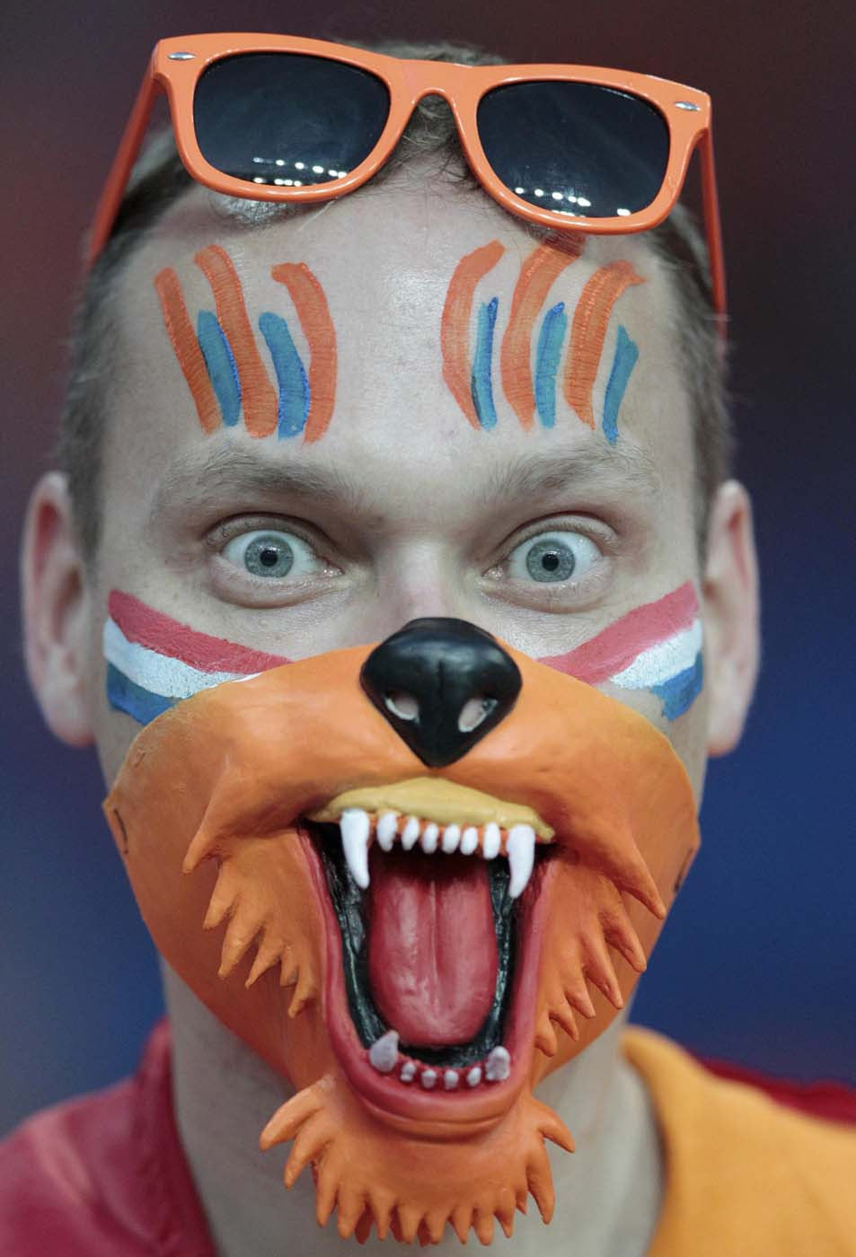 A Netherlands fans waits for the begin of the Group B Euro 2012 soccer match against Portugal at Metalist stadium in Kharkiv, June 17, 2012. (Vasily Fedosenko/Reuters)