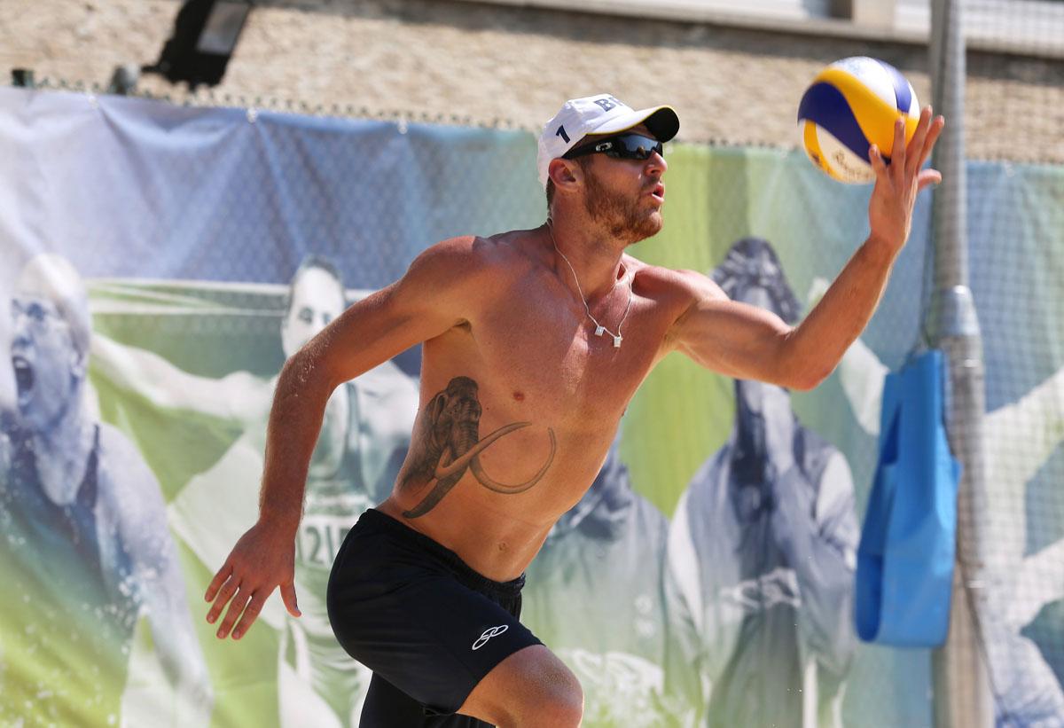 Mens Beach Volleyball Preliminary Round - USA v ESP