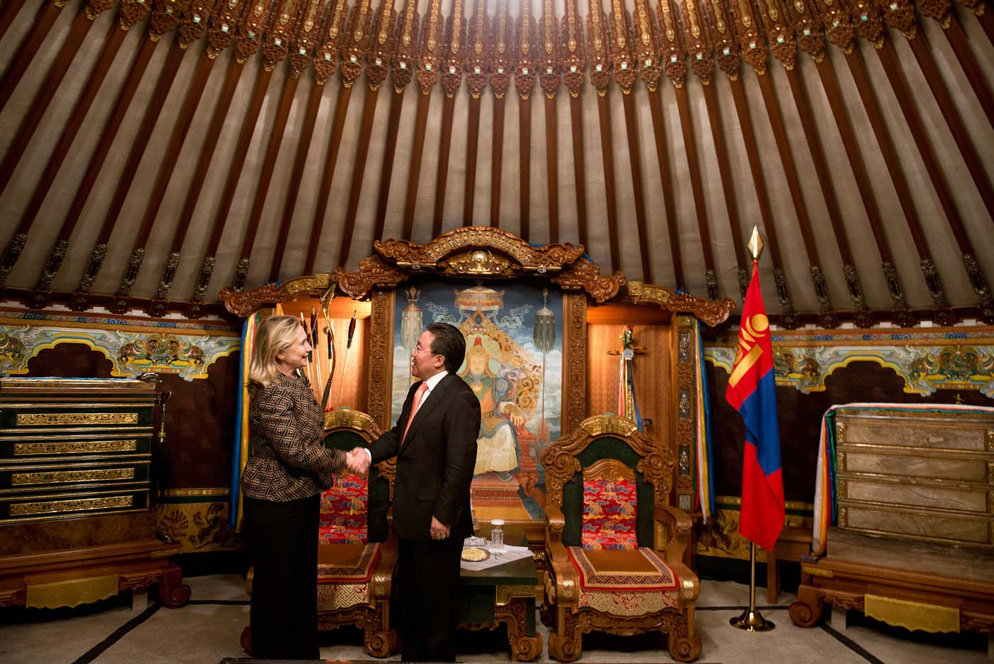 July 9 Photo Brief: Hillary Clinton visits Mongolia and a $19,994 microbubble underwater treadmill for pets