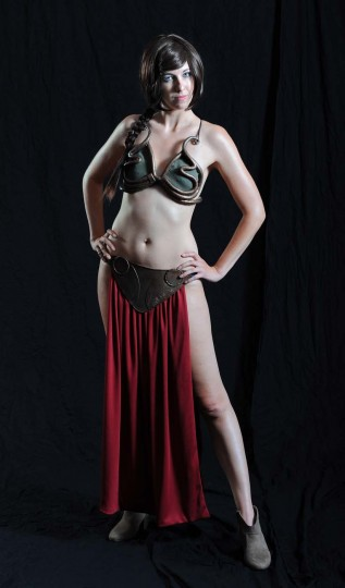 "Scottie McCorsley, of Mountain CIty, Tenn., dressed as Slave Princess Leia from ""Star Wars' Return of the Jedi."" (Kenneth K. Lam/Baltimore Sun)"