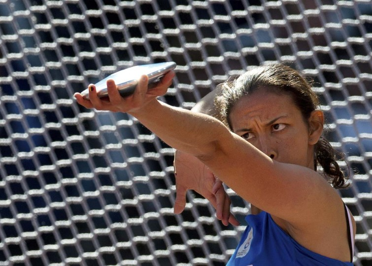 Colombia's Martha Liliana Hernandez Florian competes during the Women's Discus Throw F35/36 Final during the London 2012 Paralympic Games at the Olympic Park in east London, on August 31, 2012. (Adrian Dennis/Getty Images)