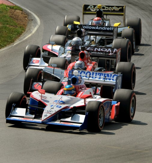 IndyCar racing at the August 7, 2011 IndyCar series event in Ohio. (Gene Sweeney Jr./Baltimore Sun)