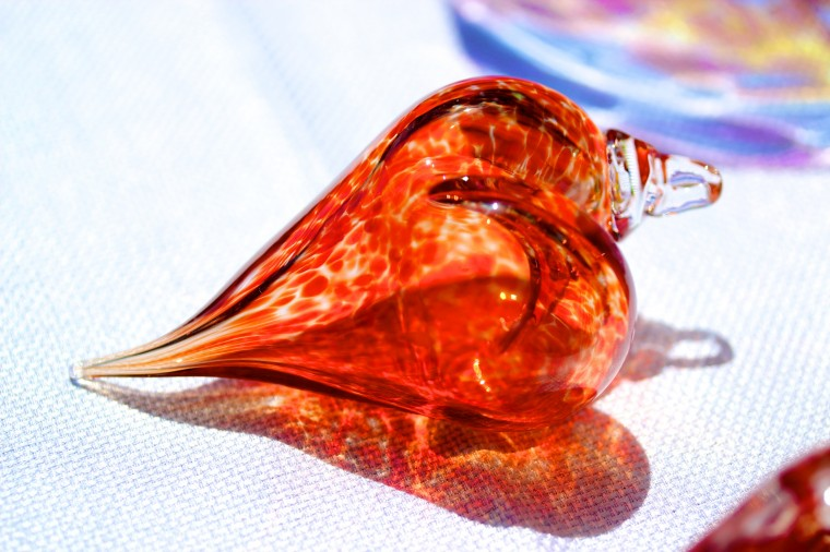 A glass heart at Artscape shot with a 60mm macro lense. (Joe Sterne)