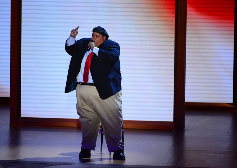 """2008 America's Got Talent winner Neal Boyd sings """"God Bless America"""" on the second day of the Republican National Convention in Tampa, Florida, Tuesday, August 28, 2012. (Harry E. Walker/MCT)"""