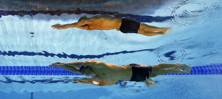 Michael Phelps of the U.S. swims in the men's 200m butterfly final during the London 2012 Olympic Games at the Aquatics Centre July 31, 2012. (Michael Dalder/Reuters)