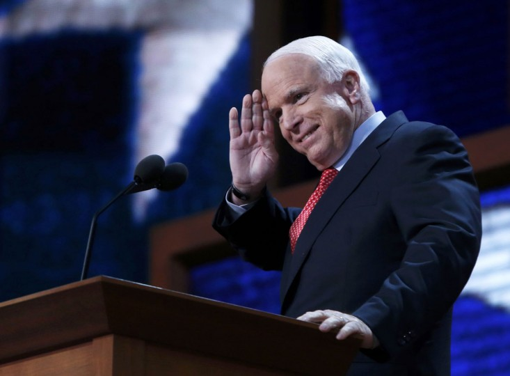 U.S. Senator and 2008 Republican presidential nominee John McCain (R-AZ) acknnowledges applause at the start of his speech during the third session of the Republican National Convention in Tampa, Florida August 29, 2012. (Eric Thayer/Reuters)