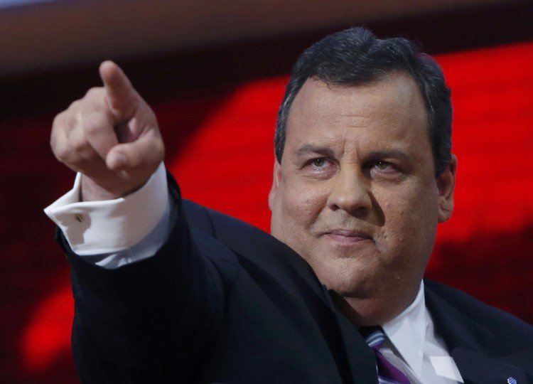 New Jersey Governor Chris Christie points as he delivers the keynote address to delegates during the second day of the Republican National Convention in Tampa, Florida, August 28, 2012. (Eric Thayer/Reuters)
