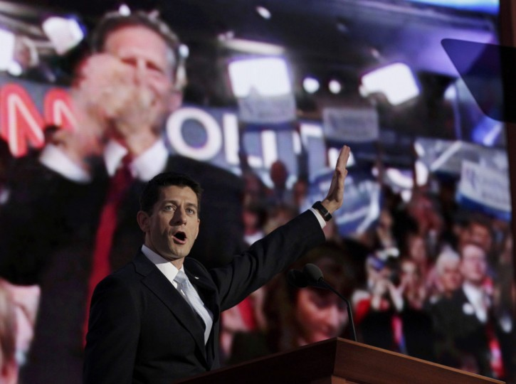 Republican vice presidential nominee Rep. Paul Ryan waves as he takes the stage to accept the nomination during the third session of the Republican National Convention in Tampa, Florida, August 29, 2012. (Shannon Stapleton/Reu