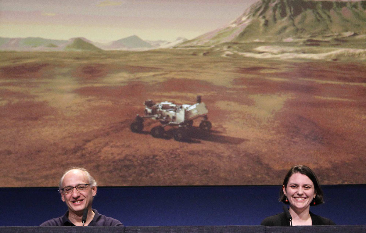 NASA lands Curiosity rover on Mars