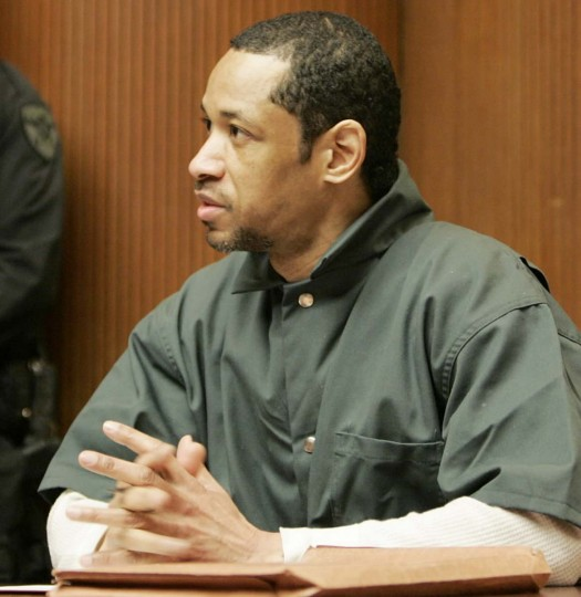 Convicted sniper John Allen Muhammad gestures as he address judge James L. Ryan during a media preview before the start of his trial Friday, April 28, 2006 in Rockville, Md. Jury selection began Monday, May 1, 2006 for the murder trial of Muhammad, who is on trial on six murder charges for killings in Maryland during the Oct 2002 Washington area sniper spree.(Chris Gardner/AP photo)