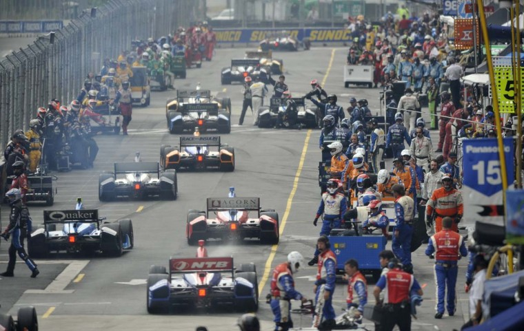 The start of the race from behind pit row next to the warehouse at Oriole Park. (Lloyd Fox/Baltimore Sun)
