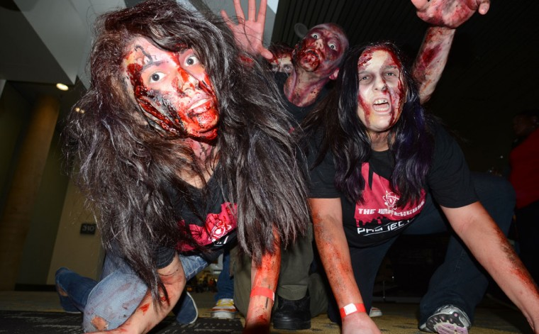 """The """"walking dead"""" of Rockville lurch towards spooked Comic-Con goers. (Credit: J.M. Giordano)"""