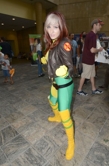 Dressed for battle is Camille Richardson, 26, of Fairfax, Va as X-Men member Rogue. (Credit: J.M. Giordano)