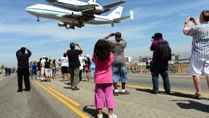 Shuttle Endeavor tours California in flyby photo-op
