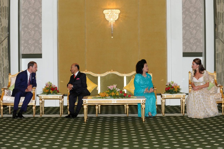September 13, 2012: Britain's Prince William and Catherine, the Duchess of Cambridge, meet with Malaysia's King Sultan Abdul Halim Mu'adzam Shah of Kedah (2nd L) and Queen Sultanah Tuanku Haminah binti Hamidun (2nd R) at the Istana Negara in Kuala Lumpur. (Malaysia Information Department/Handout/Reuters)