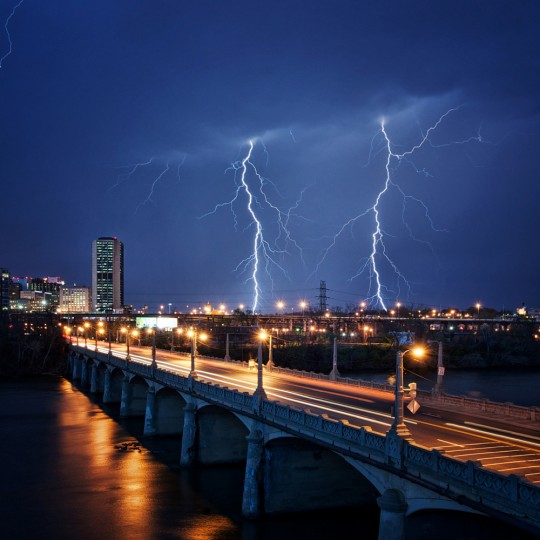 Lightning in Richmond, Va. (Photo Credit: Jamie Betts)