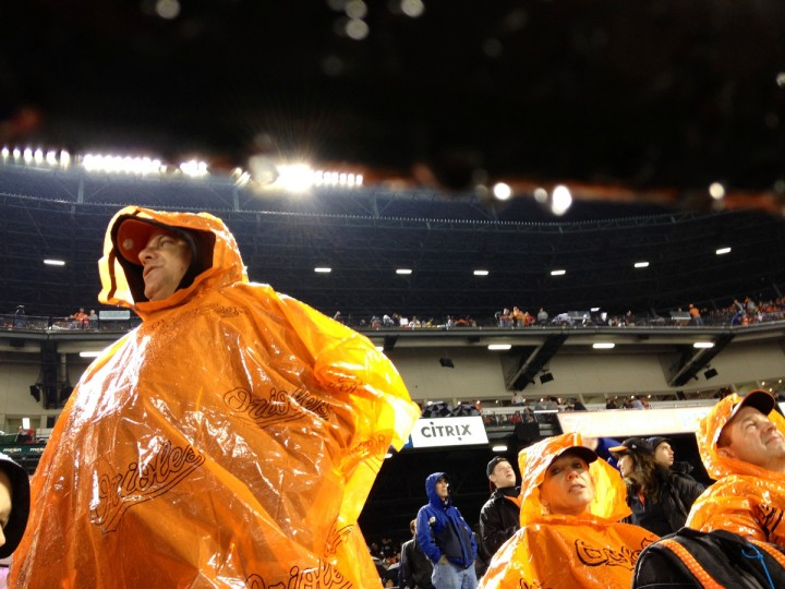 BS sp-orioles-wet-fan-ferron