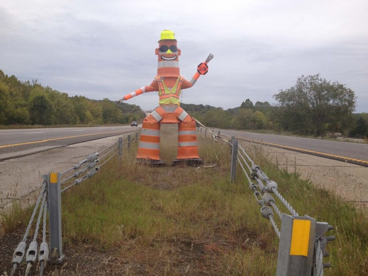 Barrel Bob : I-44, Missouri (Courtesy of Freak Flag America)