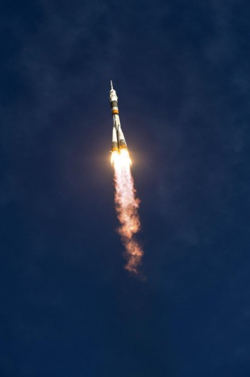 October 23, 2012: In this handout image provided by NASA, the Soyuz rocket with Expedition 33/34 crew members, Soyuz Commander Oleg Novitskiy, Flight Engineer Kevin Ford of NASA, and Flight Engineer Evgeny Tarelkin of ROSCOSMOS onboard the TMA-06M spacecraft launches to the International Space Station in Baikonur, Kazakhstan. (Bill Ingalls/NASA via Getty Images)