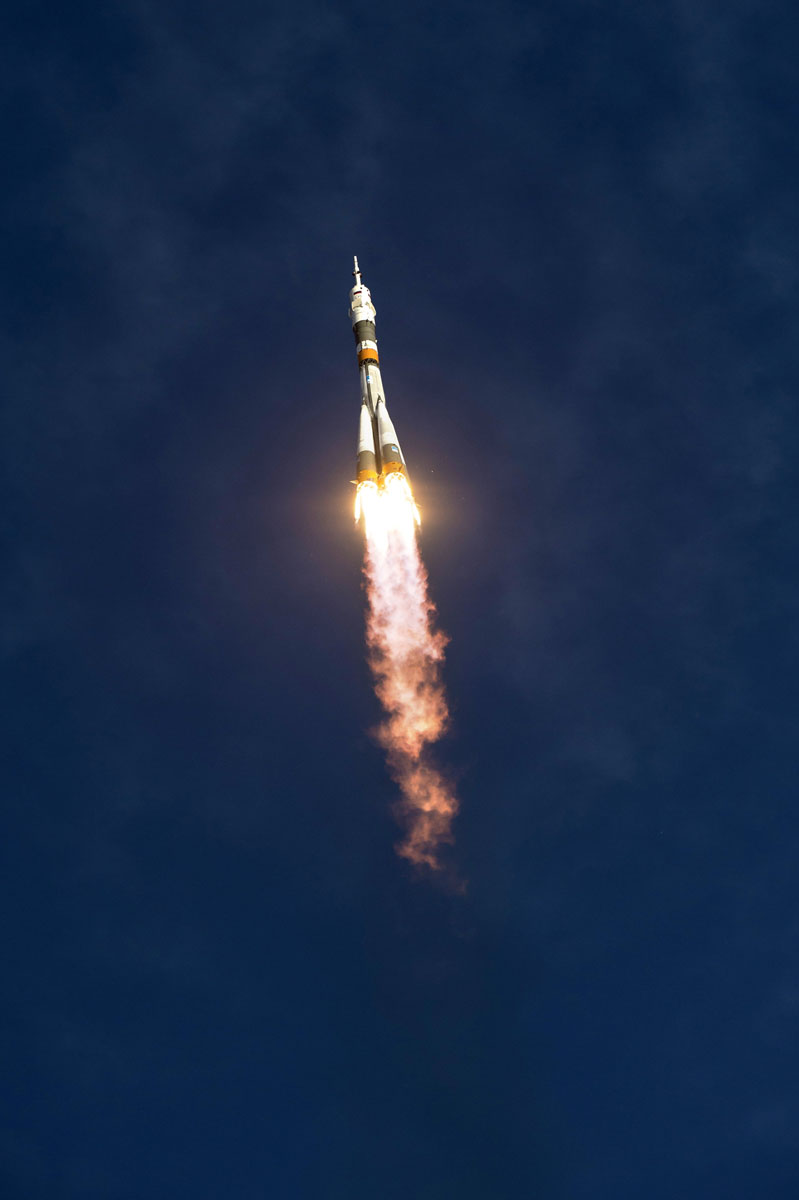 astronaut in space rocket - photo #48