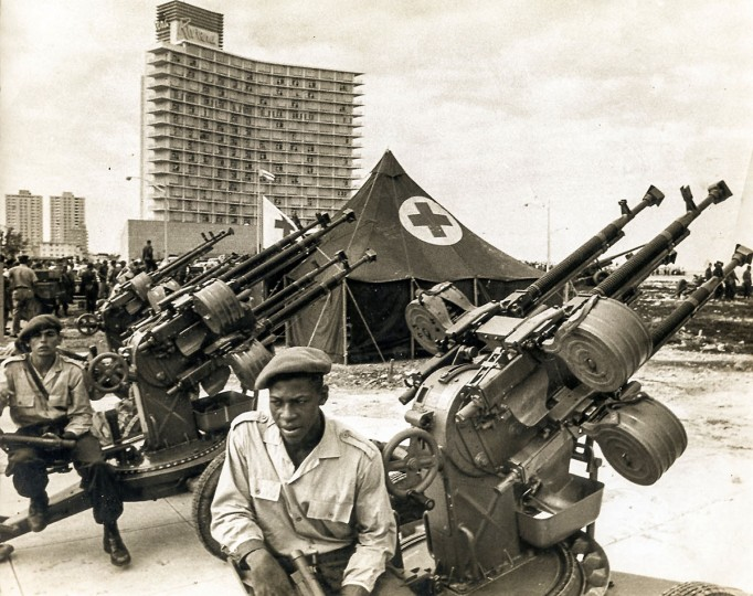 In this photo released by Cuban newspaper Granma, Cuban militiamen man an anti-aircraft battery at Havana's Malecon during the 1962 missile crisis. (Granma/AFP/Getty Images)