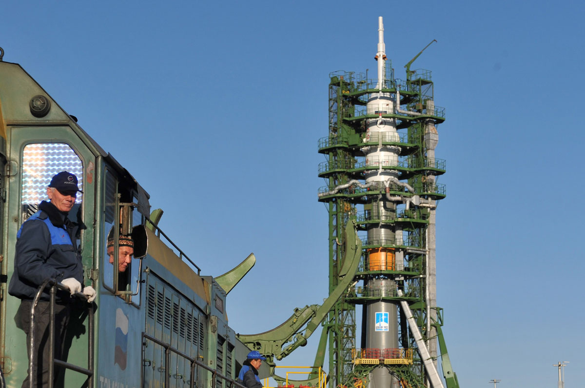 soyuz spacecraft tma 06m - photo #27