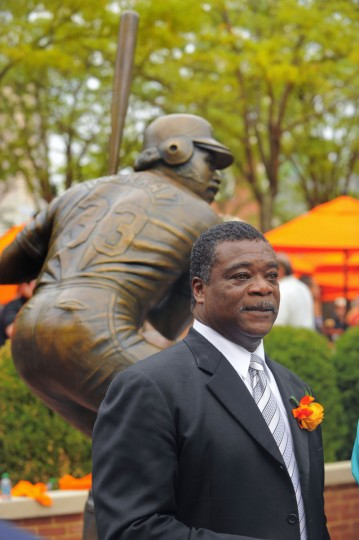 A statue of former Orioles first baseman Eddie Murray was unveiled at Oriole Park at Camden Yards Saturday, Aug 11, 2012. (Karl Merton Ferron/Baltimore Sun Staff)