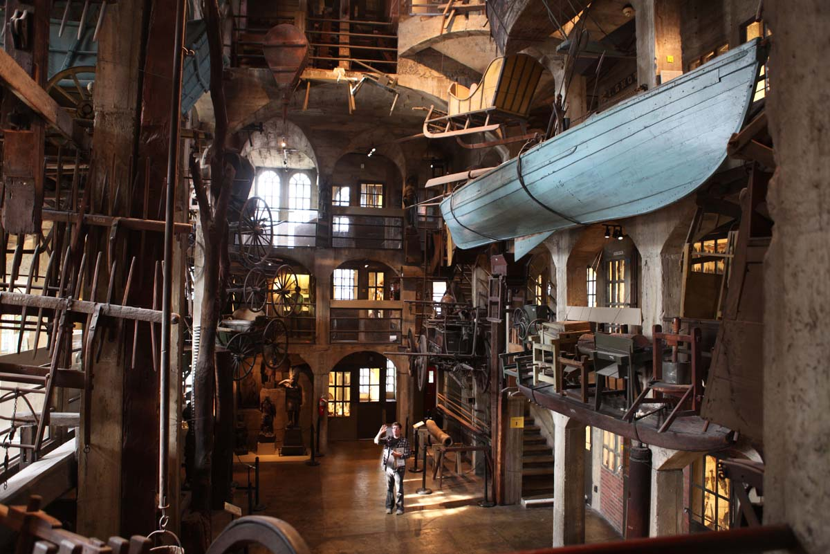 Who knew, a castle in Doylestown, PA: Daytrip at Mercer Museum
