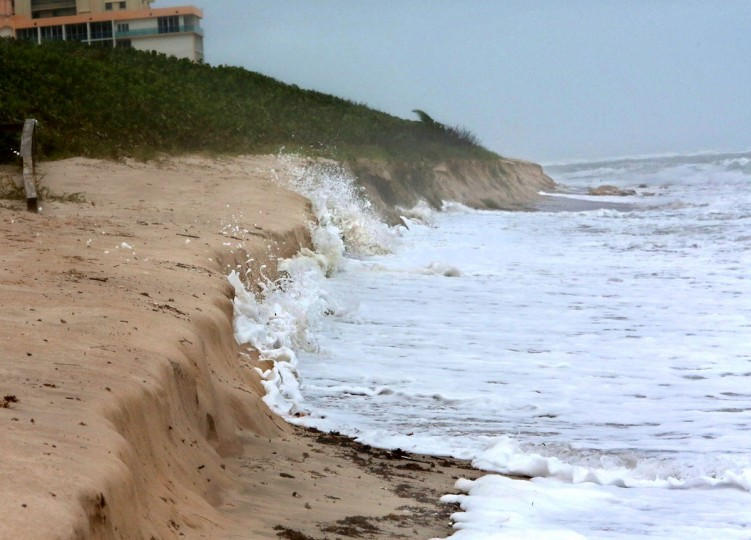 October 26, 2012: Waves eat away at the dune at Carlin Park in Jupiter, Florida on Friday as Hurricane Sandy moves toward U.S. East Coast. (Lannis Waters/Palm Beach Post/MCT)