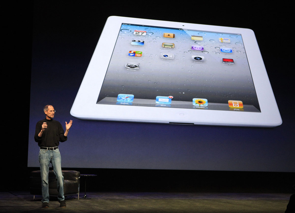 march 2 2011 apple inc ceo steve jobs introduces the ipad 2. Black Bedroom Furniture Sets. Home Design Ideas