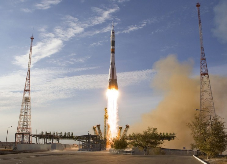 October 23, 2012: The Soyuz TMA-06M spacecraft carrying the International Space Station (ISS) crew of U.S. astronaut Kevin Ford and Russian cosmonauts Oleg Novitskiy and Evgeny Tarelkin blasts off from its launch pad 31 at the Baikonur cosmodrome. (Shamil Zhumatov/Reuters)