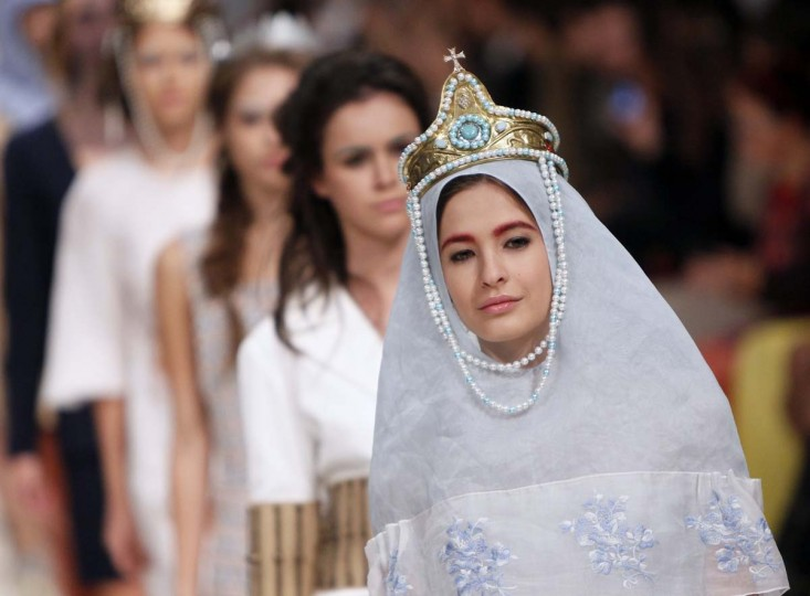 A model presents a creation by Georgian designer Ria Keburia during Ukrainian Fashion Week in Kiev. (Gleb Garanich/Reuters photo)