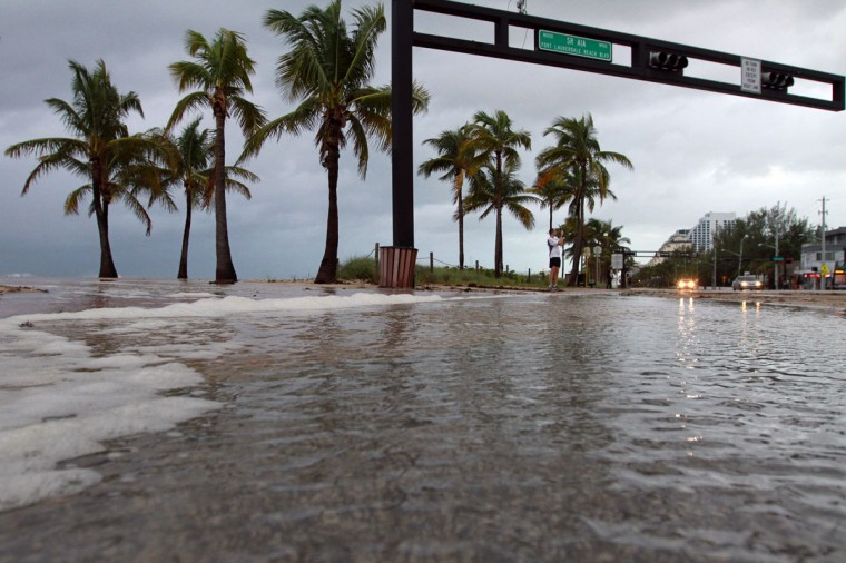 October 26, 2012: A few inches of water flood onto A1A during a storm surge on Ft. Lauderdale Beach on Friday as Hurricane Sandy passes to the east. A1A is closed between Sunrise Blvd. and NE 20th Street due to earlier flooding that pushed sand and debris onto the roadway. (Amy Beth Bennett/Sun Sentinel)