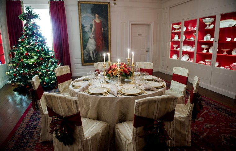 Christmas decorations in the China room during the first viewing of the White House 2012 holiday decorations in Washington, DC. (Jim Watson/Getty Images)