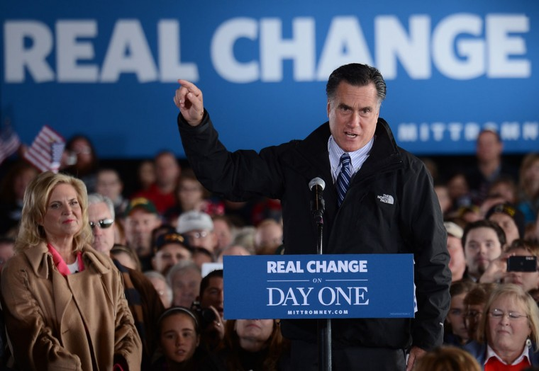 Republican presidential candidate Mitt Romney holds a rally with his wife Ann in Dubuque, Iowa, three days before the election. (Emmanuel Dunand/AFP/Getty Images)