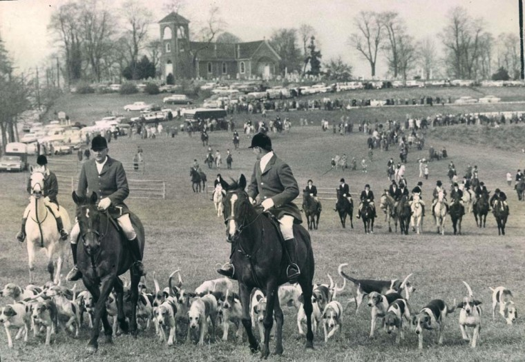 1961: Participants in the annual Elkridge Harford Hunt, one of three hunts conducted on Thanksgiving Day, form an imposing scene at the start of the ride.(Walter McCardell/Baltimore Sun)