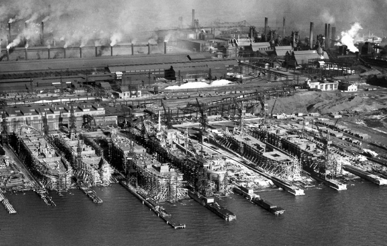 The Sparrows Point Shipbuilding division of the Bethlehem Steel Co. in 1940. (Robert F. Kniesche/Baltimore Sun)