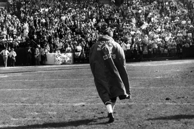 Colts legend Johnny Unitas walks off the field at Memorial Stadium for the last time. His last pass there in a Colts uniform was a short completion that Eddie Hinton turned into a 63-yard touchdown against the Buffalo Bills in December 1972. (Irving H. Phillips Jr. /Baltimore Sun)